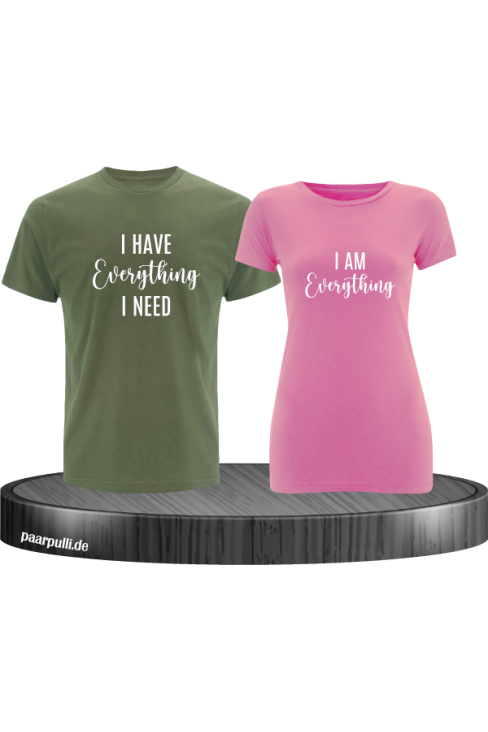 I have everything i need Partner T-Shirts in grün-rosa
